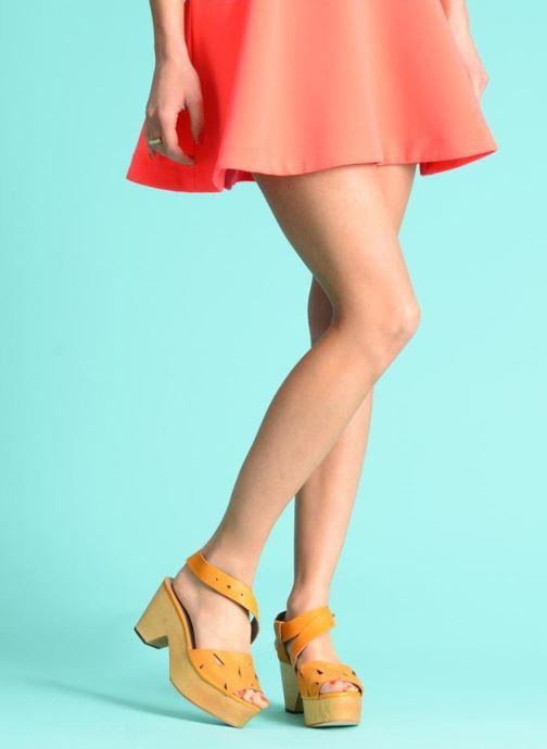Sandales et nu-pieds Skin by Finsk TURINA Jaune vue bas / vue portée sac