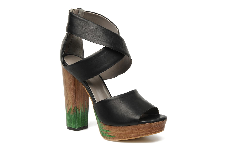 Sandals Skin by Finsk LERMAPE Black detailed view/ Pair view