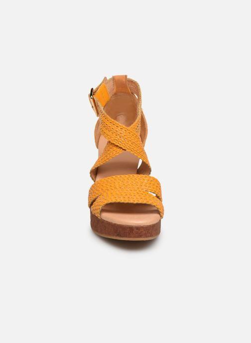 Sandales et nu-pieds Flipflop Tahiti Jaune vue portées chaussures