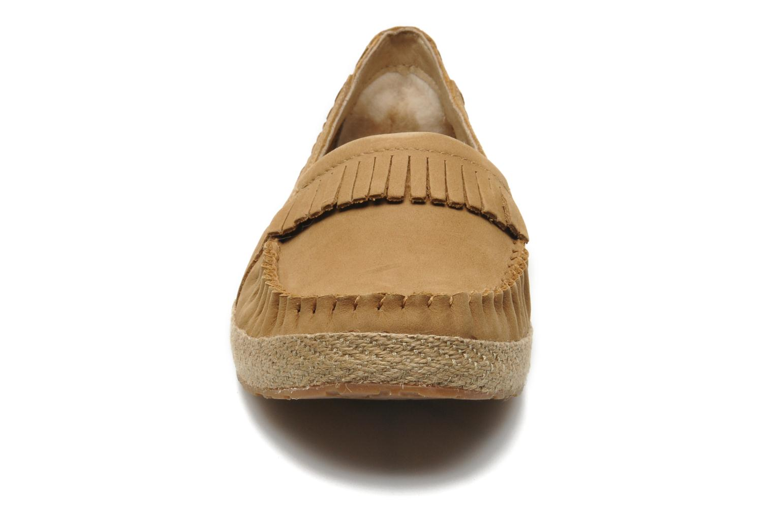 Loafers UGG Marrah Brown model view