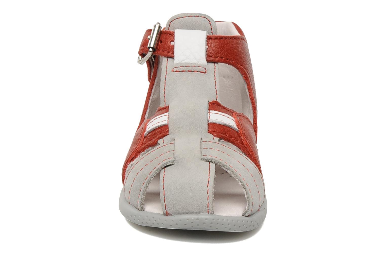 Sandales et nu-pieds Babybotte Gilou Rouge vue portées chaussures