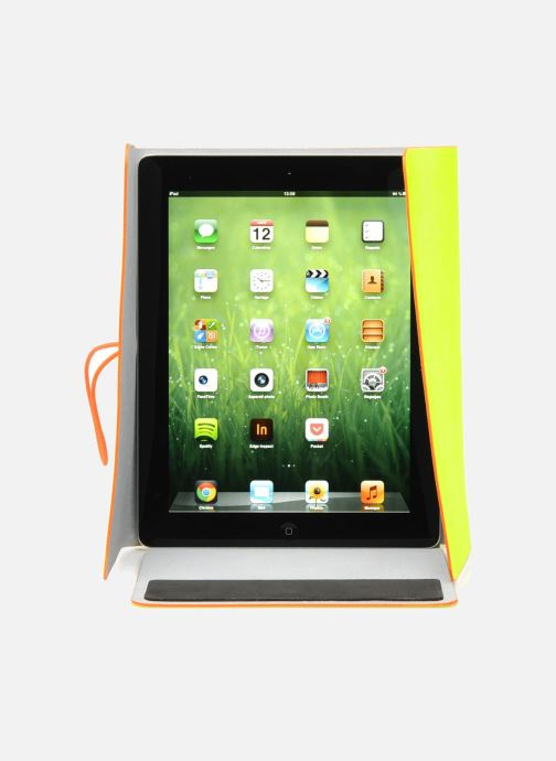 Kleine lederwaren Coverlab I-pad case Geel achterkant
