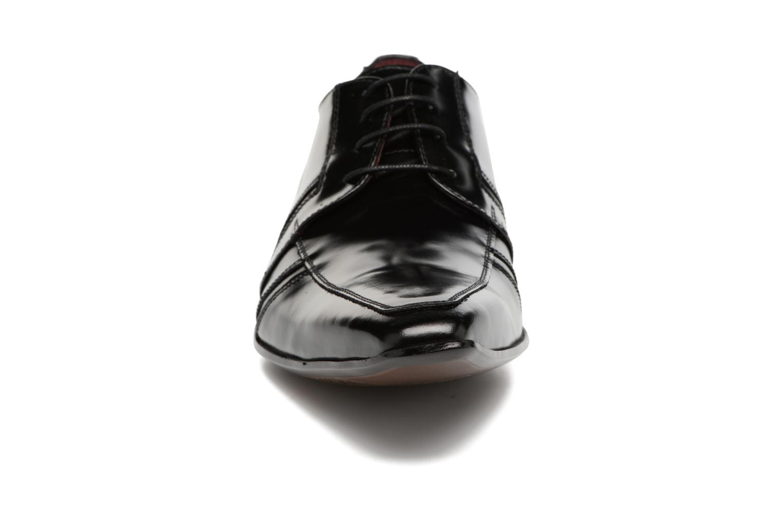 Snøresko Redskins Horus Sort se skoene på