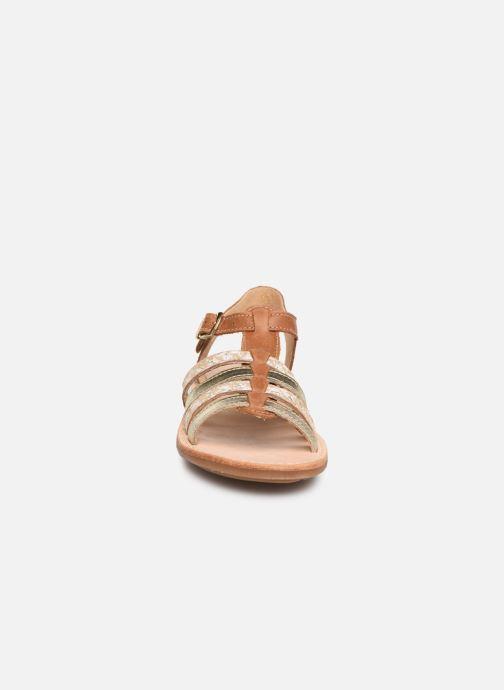 Sandales et nu-pieds Minibel Chana Marron vue portées chaussures
