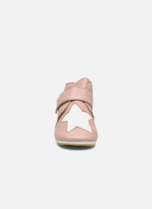 Chaussons Easy Peasy Kiny Patin Etoile Rose vue portées chaussures
