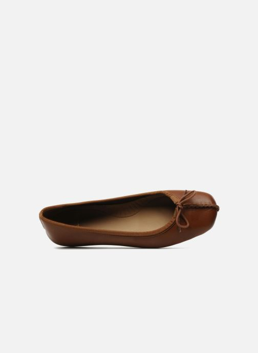 Ballerina's Clarks Unstructured Freckle Ice Bruin links