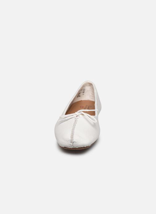 Ballerines Clarks Unstructured Freckle Ice Blanc vue portées chaussures