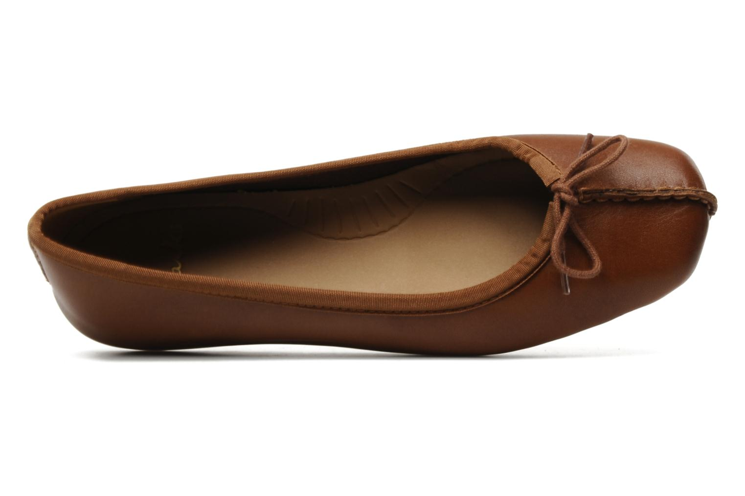 Ballet pumps Clarks Unstructured Freckle Ice Brown view from the left