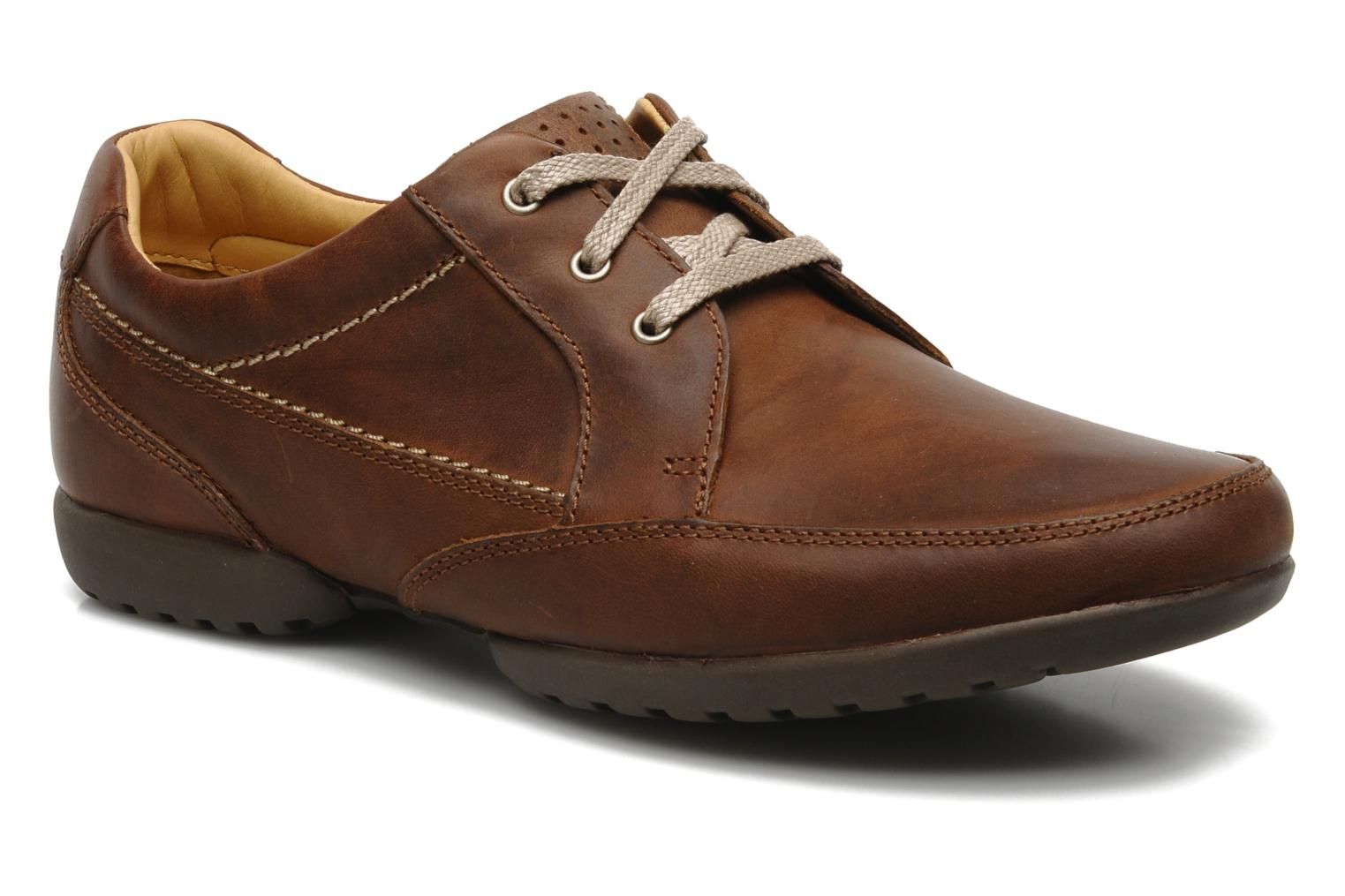 Veterschoenen Clarks Recline Out Bruin detail