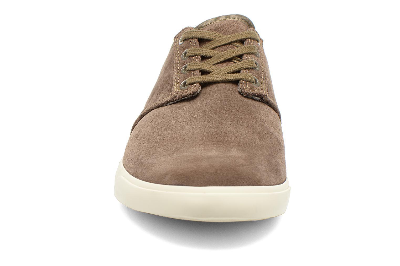 Zapatos con cordones Clarks Torbay Lace Gris vista del modelo