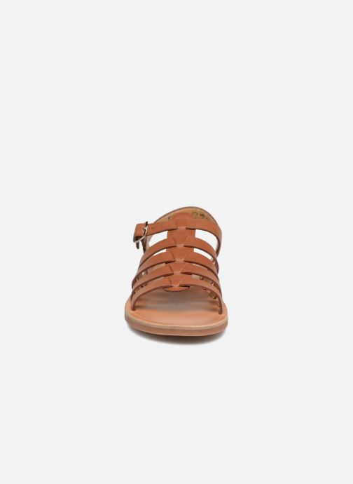 Sandalen Pom d Api Plagette Strap braun schuhe getragen