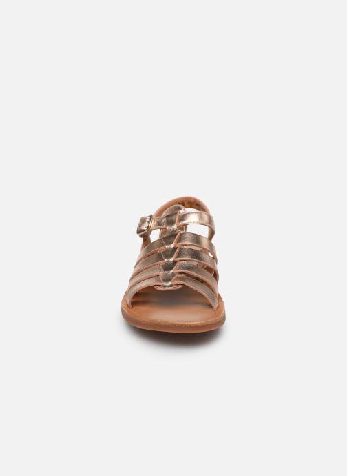 Sandales et nu-pieds Pom d Api Plagette Strap Or et bronze vue portées chaussures