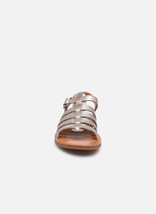 Sandali e scarpe aperte Pom d Api Plagette Strap Oro e bronzo modello indossato