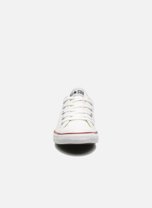 Baskets Converse All Star Dainty Canvas Ox W Blanc vue portées chaussures