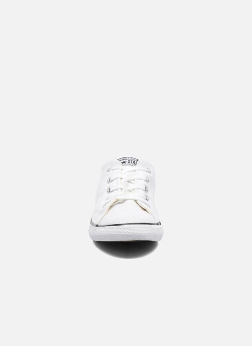 Baskets Converse All Star Dainty Canvas Ox W Blanc vue portées chaussures