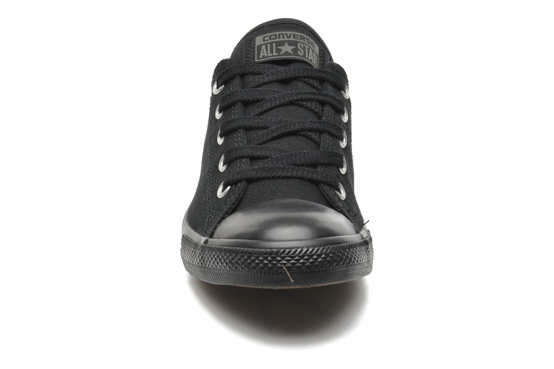 Baskets Converse All Star Dainty Canvas Ox W Noir vue portées chaussures