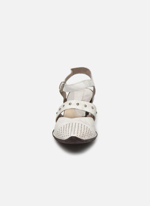 Escarpins Khrio Charone Blanc vue portées chaussures