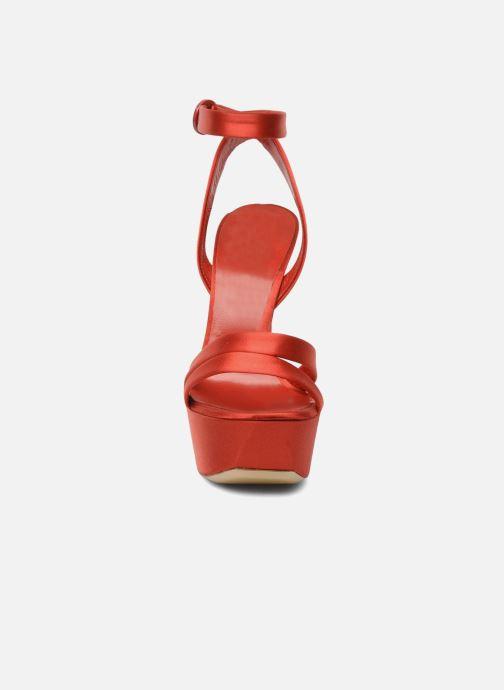 Sandales et nu-pieds Casadei Gioconda Rouge vue portées chaussures