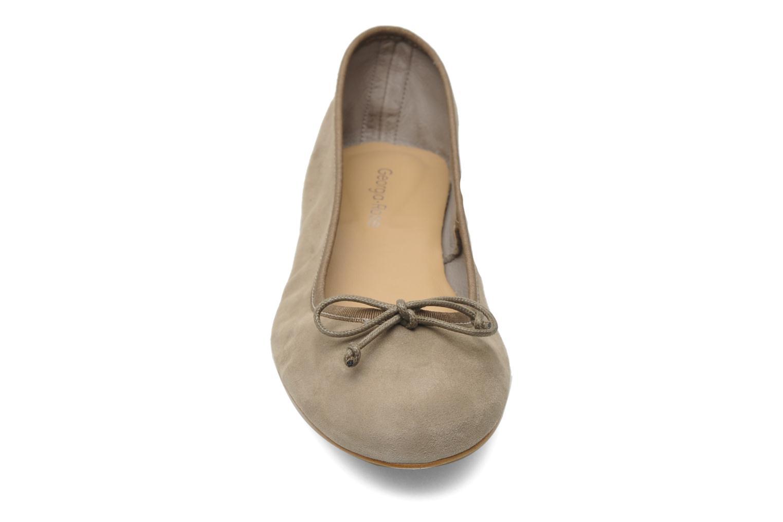 Ballerines Georgia Rose Fancine Gris vue portées chaussures
