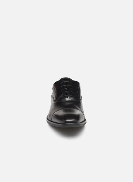 Schnürschuhe Geox U NEW LIFE C schwarz schuhe getragen