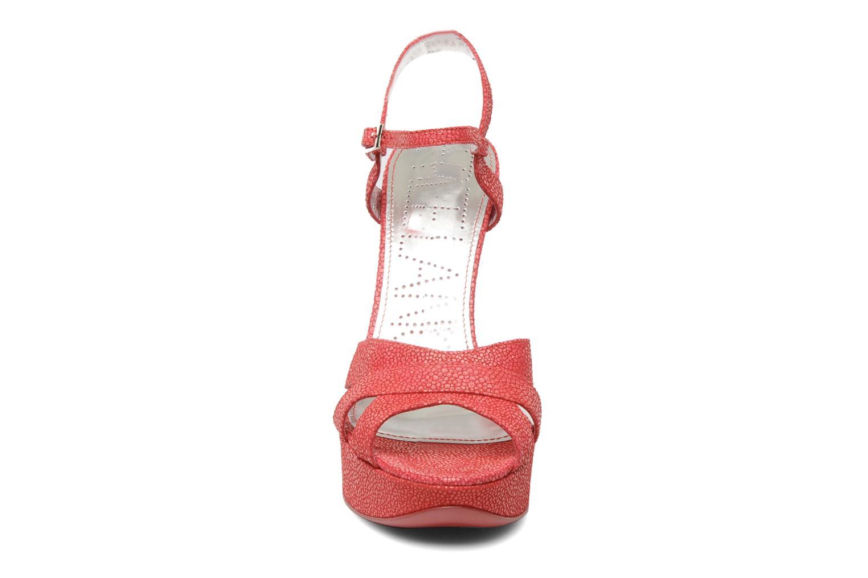 Sandales et nu-pieds Free Lance Emely 7 sandal Rose vue portées chaussures