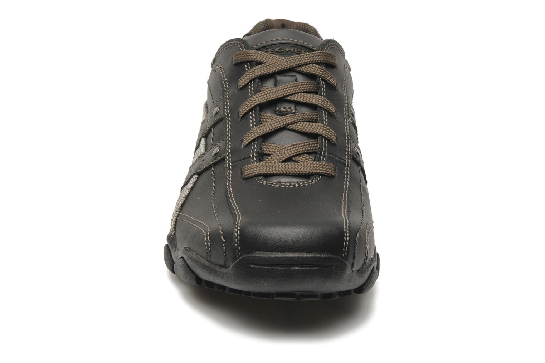 Baskets Skechers Diameter Blake 63385 Noir vue portées chaussures