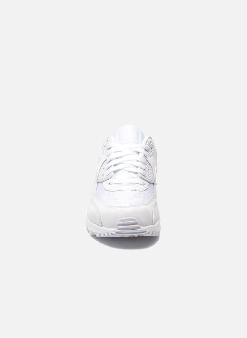 premium selection bd369 edac1 Baskets Nike Nike Air Max 90 Essential Blanc vue portées chaussures