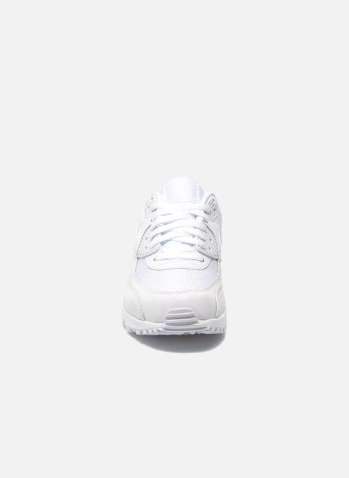 Sneakers Nike Nike Air Max 90 Essential Bianco modello indossato