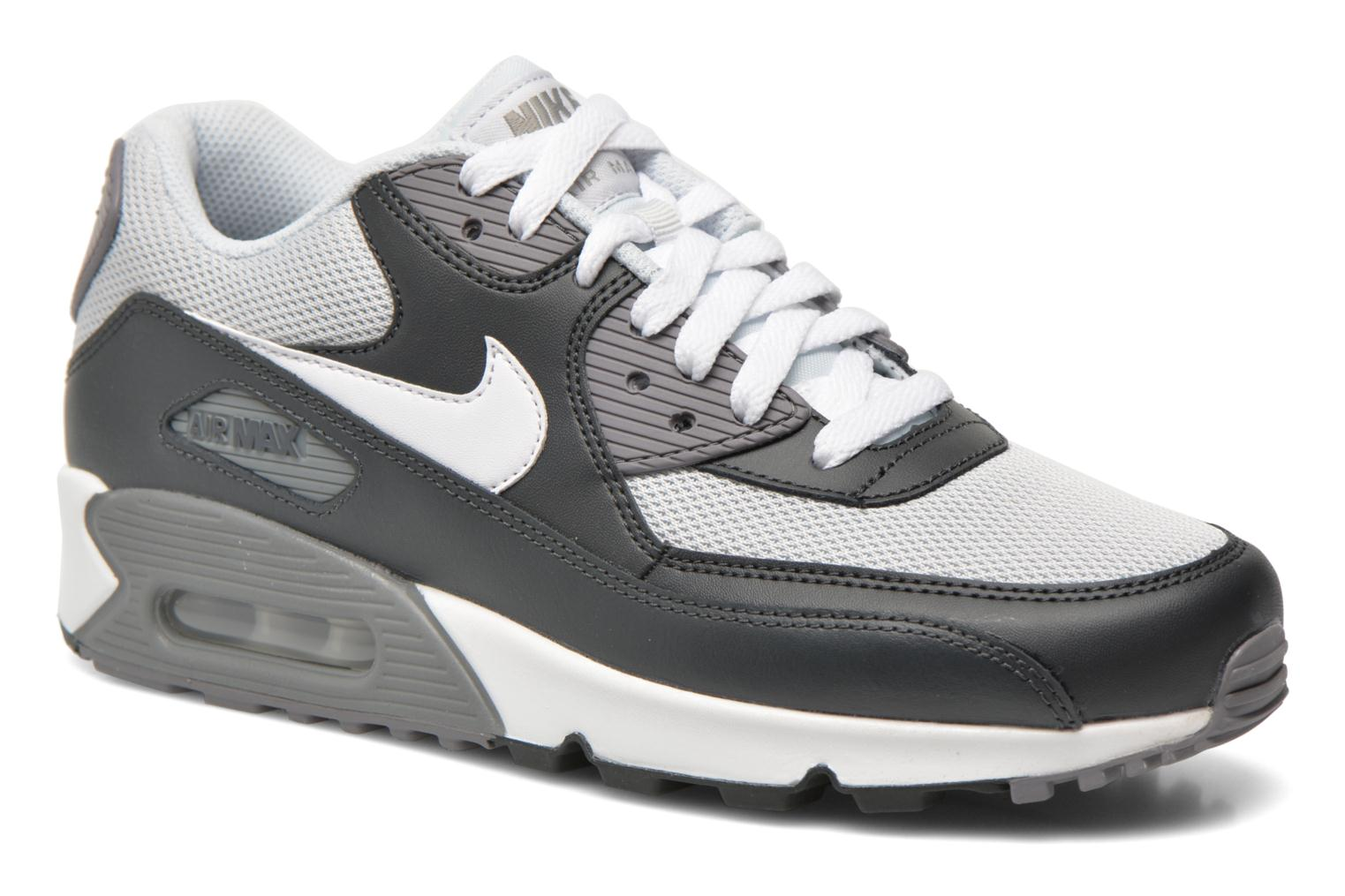 new style 9699f c9586 Baskets Nike Nike Air Max 90 Essential Gris vue détail paire