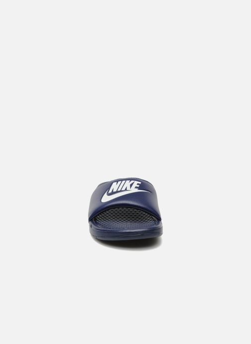 Sandalias Nike Benassi Jdi Azul vista del modelo