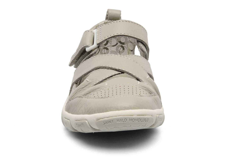 Sandalen TBS Juline beige schuhe getragen