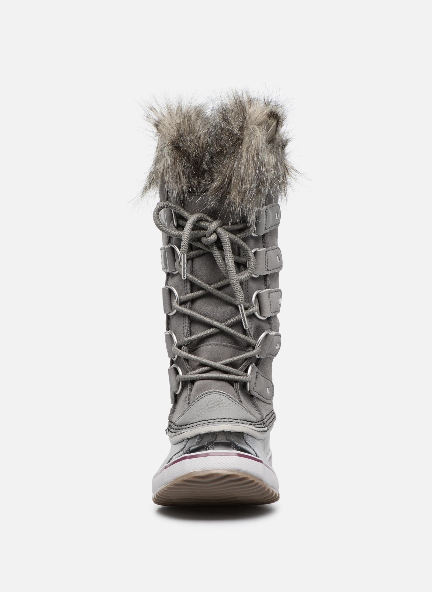 Sportschuhe Sorel Joan Of Arctic grau schuhe getragen