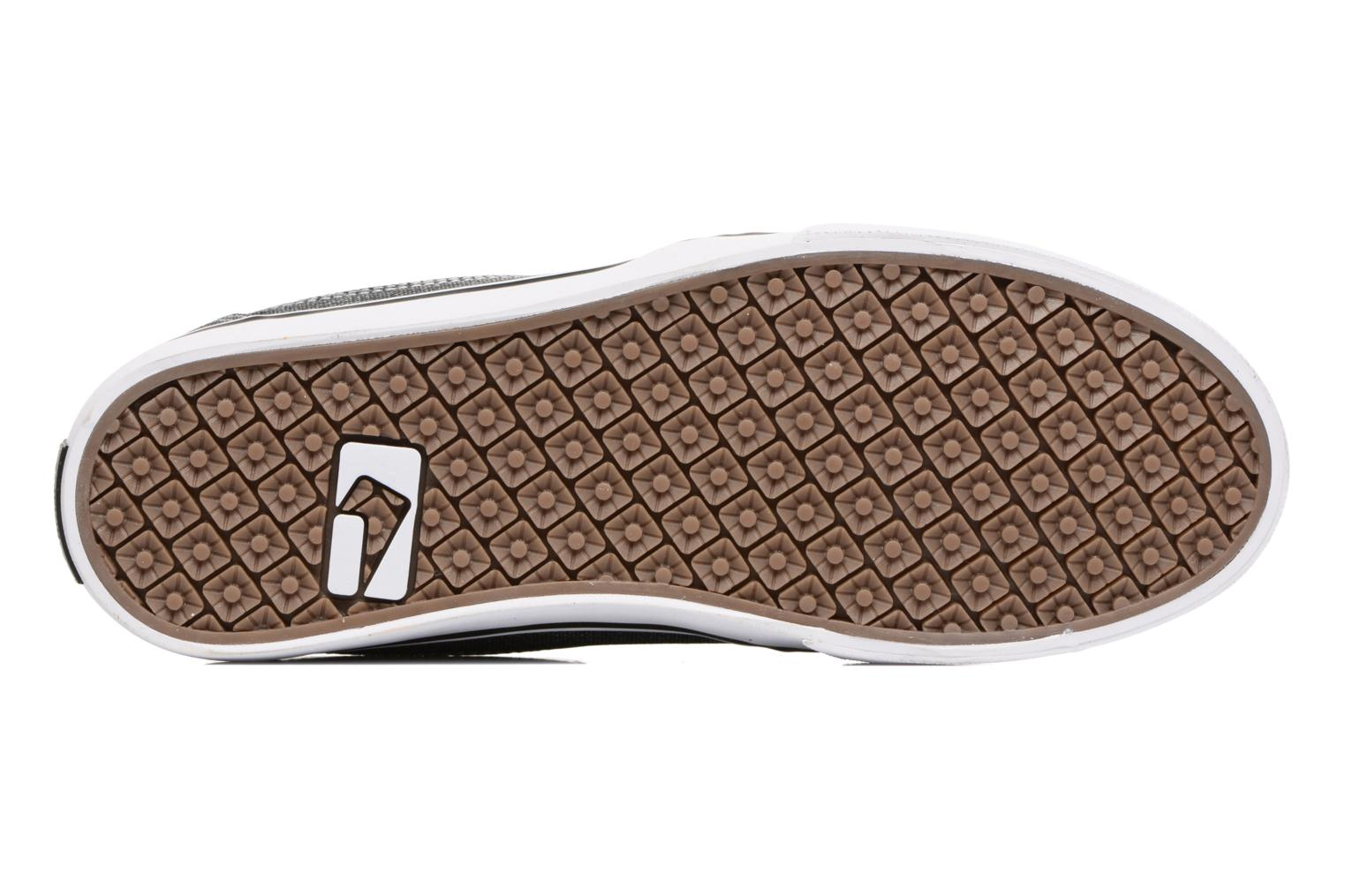 Sport shoes Globe MAHALO Grey view from above