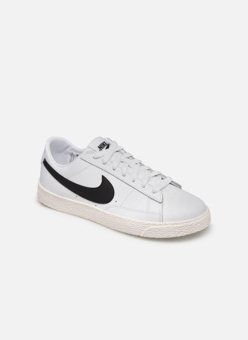 Nike Baskets - Nike Blazer Low Gs (Blanc) - Baskets chez Sarenza ...