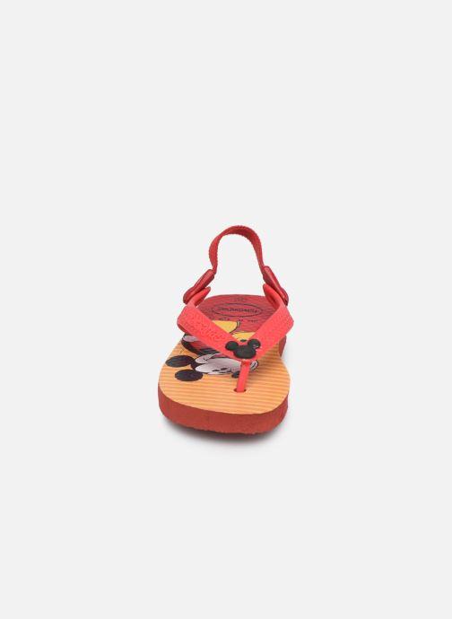 Chanclas Havaianas Baby Disney Classic Rojo vista del modelo