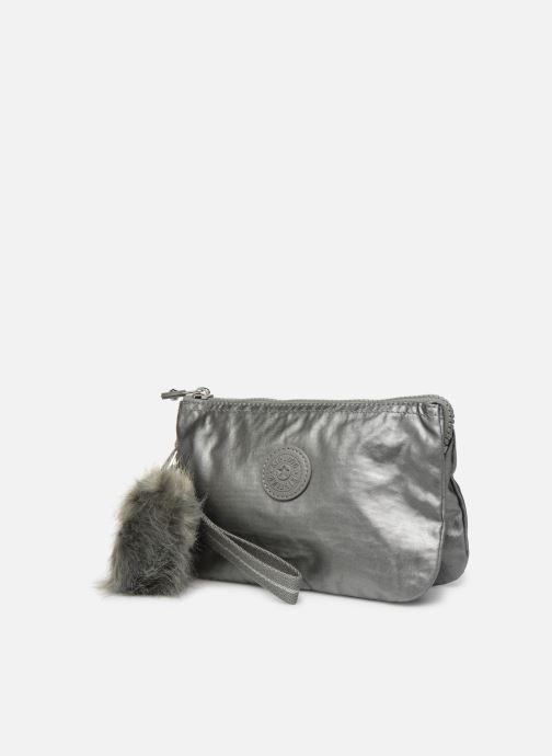 Bagages Kipling Creativity XL Argent vue portées chaussures