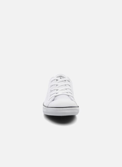 Sneaker Converse All Star Dainty Cuir Ox W weiß schuhe getragen
