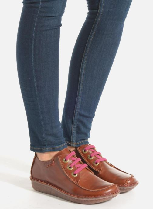 Ladies Clarks Stylish Lace Up Leather Shoes /'Funny Dream/'