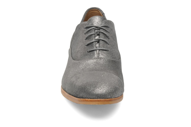 Chaussures à lacets Clarks Hotel Disco Argent vue portées chaussures