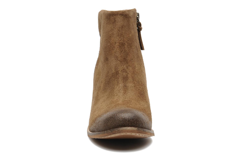 Bottines et boots Clarks Marble Cool Marron vue portées chaussures