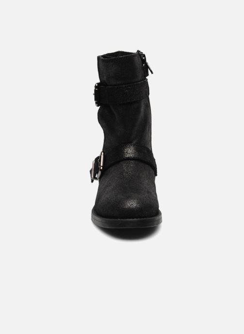 Boots & wellies Unisa Galia Grey model view