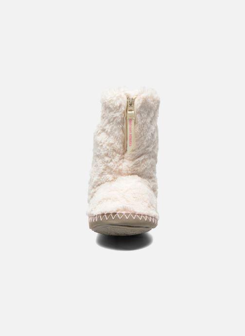 Pantofole BEDROOM ATHLETICS Monroe Beige modello indossato
