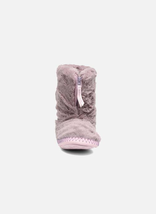 Pantofole BEDROOM ATHLETICS Monroe Viola modello indossato
