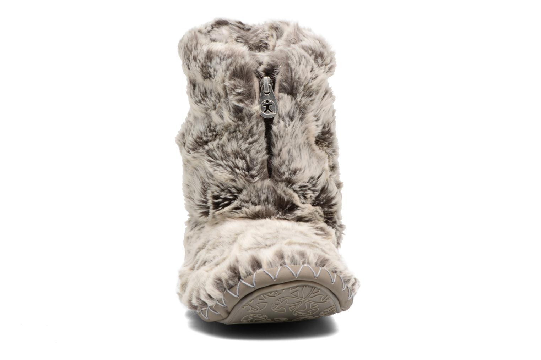 Chaussons BEDROOM ATHLETICS Cole Beige vue portées chaussures