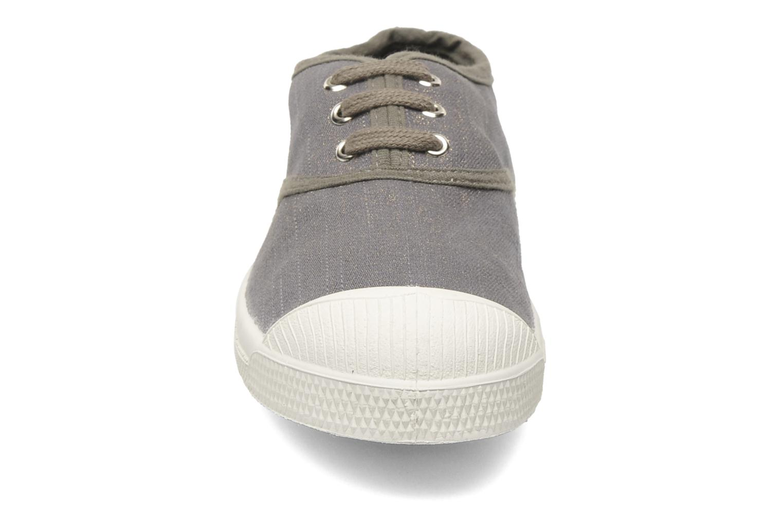 Baskets Bensimon Tennis Glossy E Gris vue portées chaussures