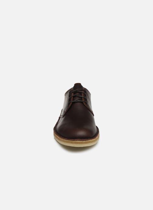 Chaussures à lacets Clarks Originals Desert London Marron vue portées chaussures