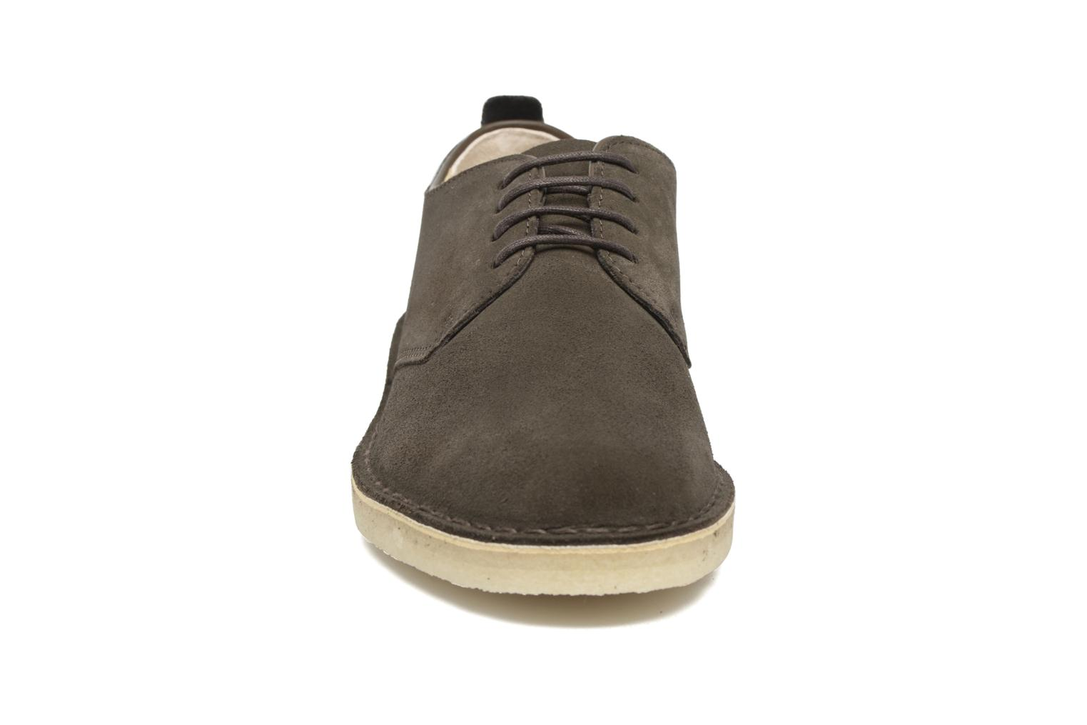 Lace-up shoes Clarks Originals Desert London Grey model view