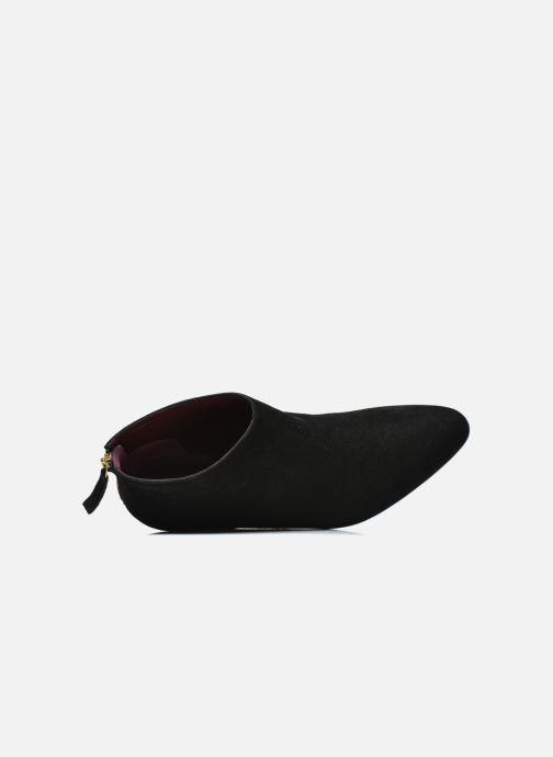Boots en enkellaarsjes Avril Gau Loty Zwart links