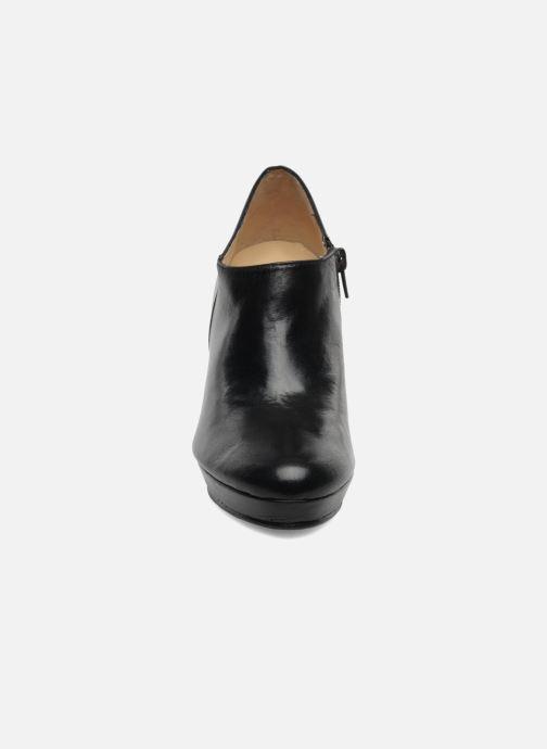Boots en enkellaarsjes Anna Volodia Anabel Zwart model