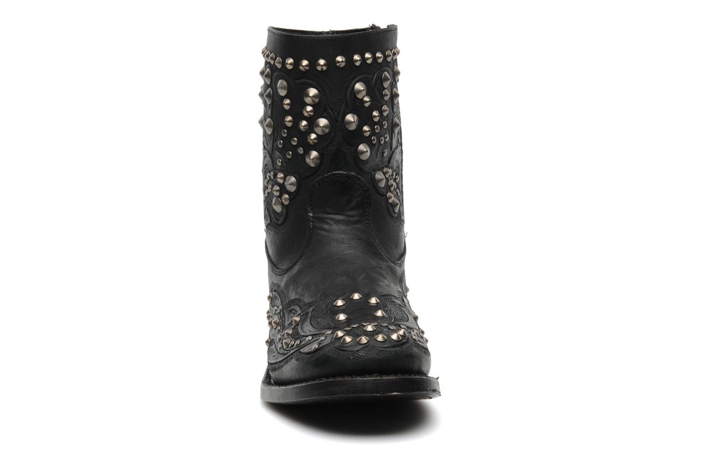Bottines et boots Ash Volcano Noir vue portées chaussures
